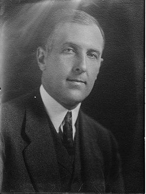 Richard Teller Crane II - Image: Richard Teller Crane II (1882 1938) portrait circa 1919 cropped