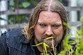 Rickard Söderberg aka Gaytenoren i Almedalen 2014 poserar framför kameran.jpg