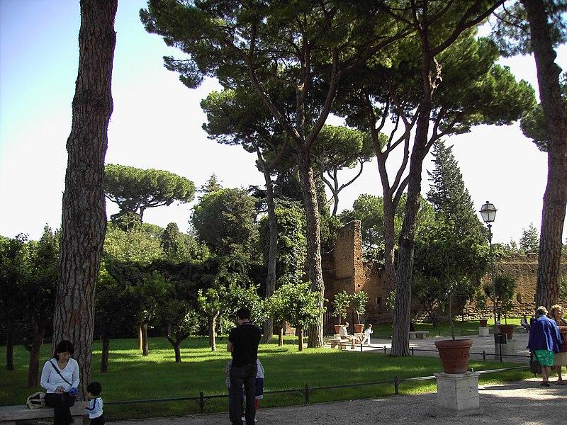 Il giardino degli aranci sguardo sul medioevo - Giardino degli aranci frattamaggiore ...