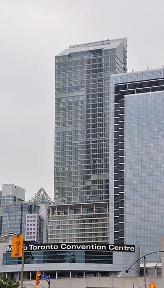 Ritz-Carlton Toronto - Image: Ritz Carlton Toronto far
