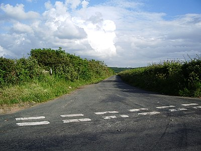 Road to Lowca Lowhouse - geograph.org.uk - 475480.jpg