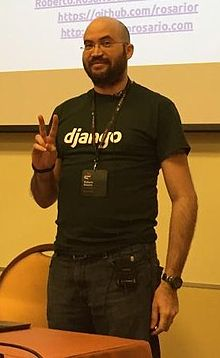 Roberto Rosario PyCon It 2015.jpeg