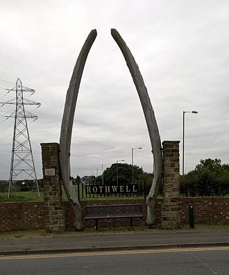 Rothwell, West Yorkshire - Whale jaws boundary marker