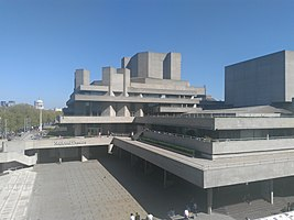 Royal National Theatre (2017).jpg