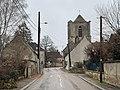 Rue de Lucy-sur-Yonne et église (décembre 2020).jpg