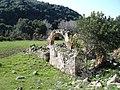 Ruinas junta a la Vía Verde de la Sierrade Cádiz - panoramio.jpg