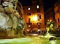 Rzym - fontanna obok Panteonu - panoramio.jpg