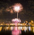Saint Paul Fireworks (2636149564).jpg