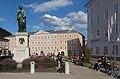 Salzburg, standbeeld van Mozart op het Mozartplatz foto4 2017-08-13 17.50.jpg