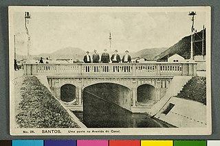 Santos. uma Ponte na Avenida do Canal