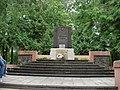 Sarkanās armijas brāļu kapi Dārza ielā, Rēzeknē (9 karavīri), Rēzekne, Latvia - panoramio.jpg