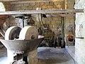 Sartène meules du moulin à huile avec son engrenage.jpg