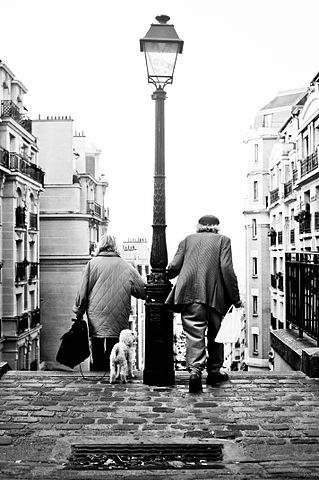 File Sc 232 Ne Parisienne Montmartre Paris France Jpg