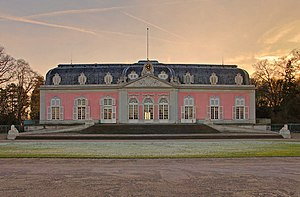 Schloss Benrath - Main front of the corps de logis of Schloss Benrath