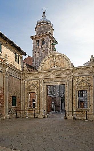 Scuola Grande di San Giovanni Evangelista - Marble screen by Pietro Lombardo and the church.