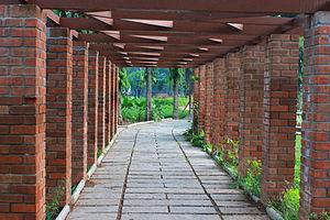 Semmozhi Poonga - Walkway at the park