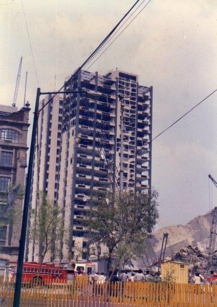 File:Sismo 1985 Ciudad de México 82.jpg