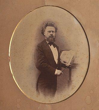 Kharkiv National Kotlyarevsky University of Arts - The first head — I. I. Slatin (Photo from Yu. Shcherbinin's archive)