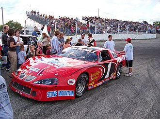 Slinger Speedway - Image: Slinger Late Model 2