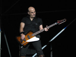 Zeta Bosio - Zeta Bosio performing live with Soda Stereo at Estadio Nacional de Chile in Santiago, Chile, october 27, 2007.