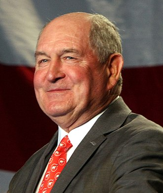 Sonny Perdue - Perdue campaigning for former U.S. Sen. Saxby Chambliss (R-GA) in 2008