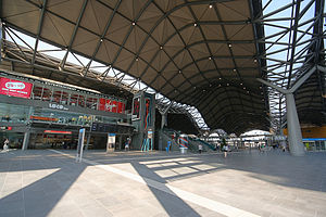 Grimshaw Architects - The main concourse of Southern Cross Station