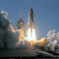 Space-Shuttle-Atlantis-Lancering