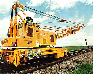 Crane (rail) type of crane used on a railroad