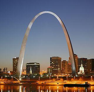 Gateway Arch monument in St. Louis, Missouri