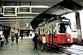 Station Schottentor Jonas-Reindl.jpg