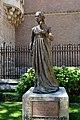 Statue of Catherine of Aragon, Alcala de Henares (1) (29298190092).jpg