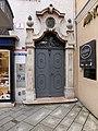 Stolperstein Salzburg, Wohnhaus Dreifaltigkeitsgasse 1.jpg