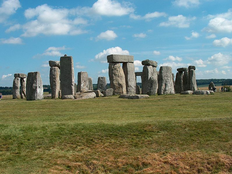 File:Stonehenge-England.jpg