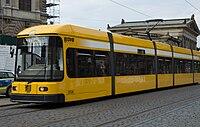 Straßenbahnwagen 2536 Dresden.jpg