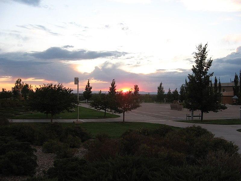 File:Sunset, BYU-Idaho, Rexburg, Idaho (1132620267).jpg