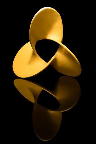 Trefoil knot - Image: Superfície não orientável Bordo trifólio