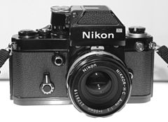 TAG Nikon F2 Photomic Black 01.jpg