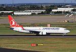 TC-JVZ B737-8F2 Turkish BHX 30-08-16 (29895776602).jpg