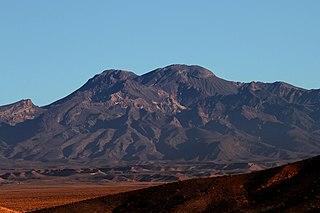 Taftan (volcano) mountain