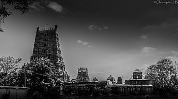 Thanjavur ShivaTemple.jpg