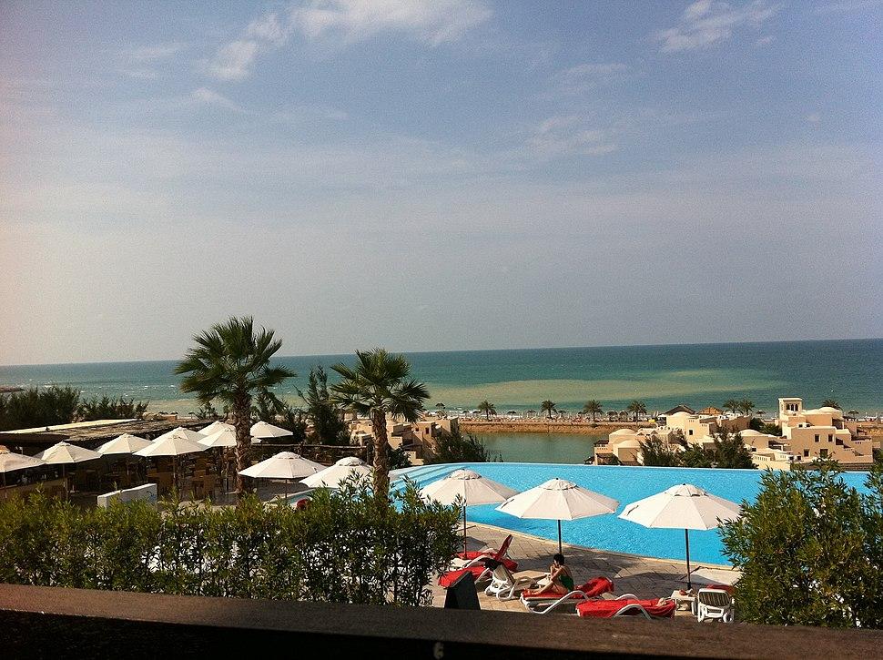 The Cove Rotana Resort. - panoramio
