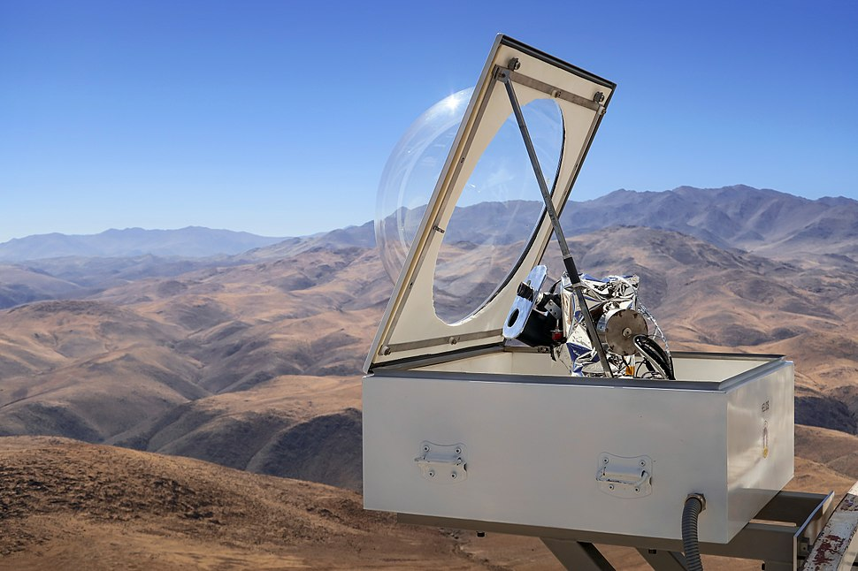 The HELIOS instrument at the ESO 3.6-metre telescope in Chile