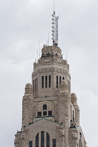 LeVeque Tower - Detail of the Art Deco ornamentation on upper stories in September 2017
