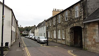 Cumbernauld Village - The Wynd with a pend rather than an early underpass and pavements beside the road