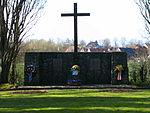 Timmendorfer-Strand-Waldfriedhof-Cap-Arcona-Gedenkstätte.JPG