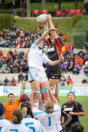 Line out during the game of the 2013 Women's European Qualification Tournament for WRWC France 2014 between Italy and Spain 7-38(b).