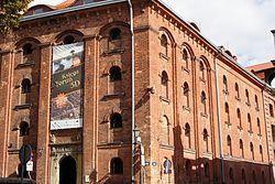 Toruń, Dom Eskenów, ul. Łazienna 16 (2) (OLA Z.)