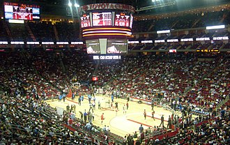 Toyota Center - The interior of the arena during a Rockets game, prior to 2012.
