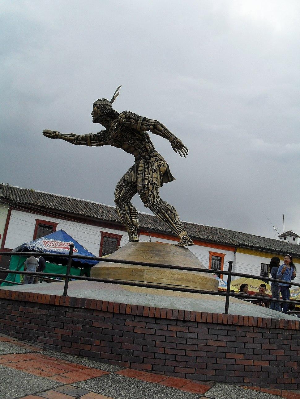 Turmeque Estatua3