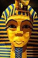 Tutankamen's mask (506392585).jpg